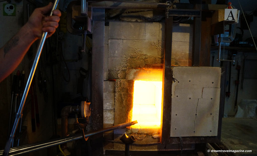 Glass-blowing-Artech-glass_Yours_outdoors_Haliburton_the furnace