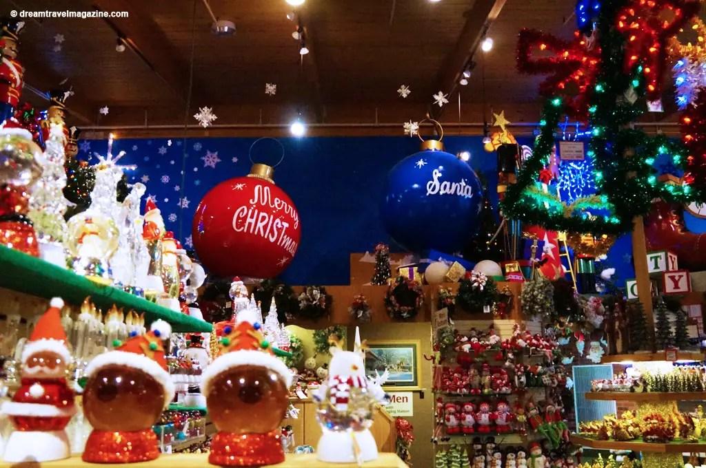 Bronners Christmas Wonderland-Michigan_dream-travel-magazine_07