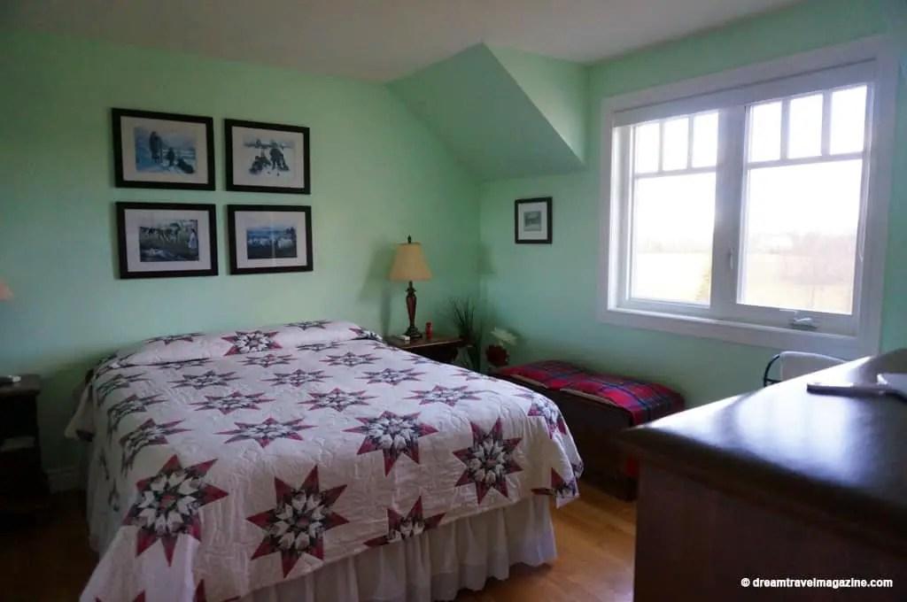 Deakins-Bed-and-Breakfast_Killaloe_Ontario Highlands_04