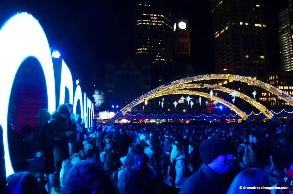 11-29-15-Toronto-Cavalcade-of-Lights-326