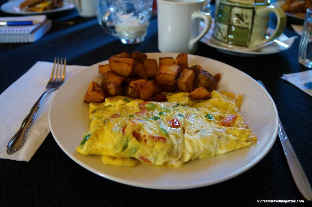 Breakfast made fresh to order Shells Family Dining Cayuga Ontario