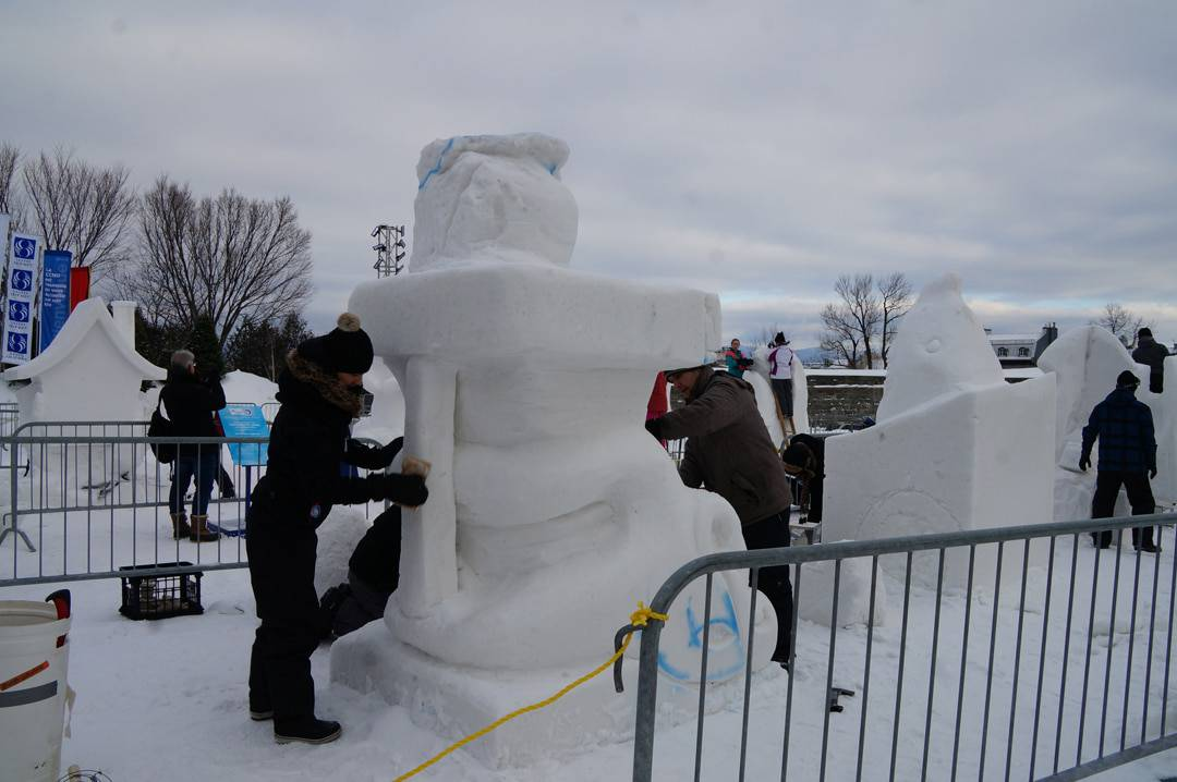 In this post, we share 10 things you must do at the Winter Carnival in Quebec City. From meeting Bonhomme, sampling carnival eats to some special winter activities take a look at this list to make sure you don't miss out on any of the fun. | Quebec | Quebec City | Winter Carnival |