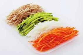 様々な野菜を繊維に沿って千切りできます