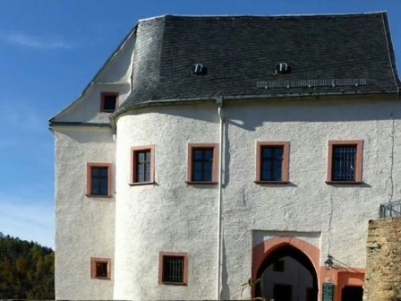 Burg Scharfenstein Dach und Fenster Außenansicht