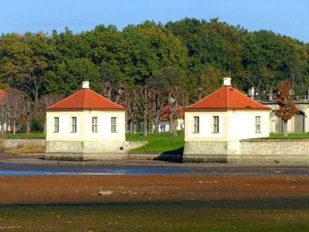 Schloss Moritzburg leerer Teich