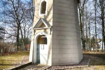 Koenig-Albert-Turm Weinböhla Tür Eingang
