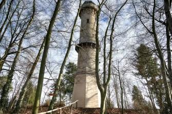 Koenig-Albert-Turm Weinböhla Gesamtansicht