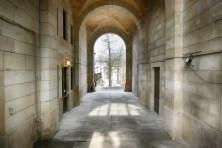 Durchgang Steinmauer Park