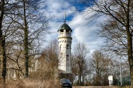 Friedensturm Weinböhla Gesamtansicht Wald Auto