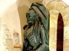 Skulptur Skelett Umhang