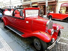 Oldtimer rot Taxi