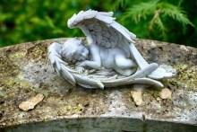 Schlafender Engel Urnenhain Tolkewitz Krematorium
