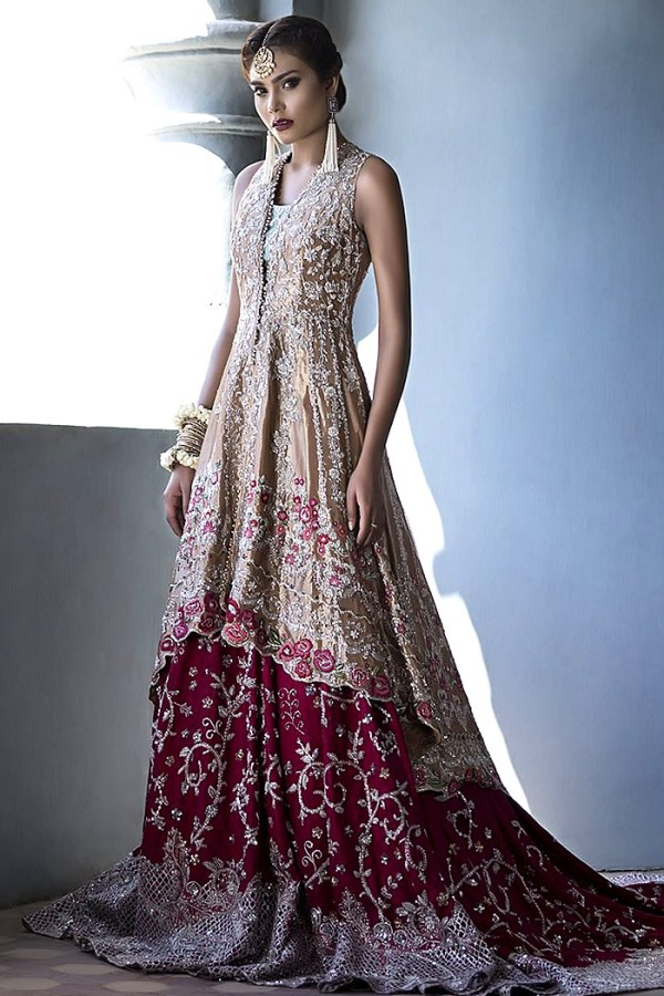 DR14499 - Pakistani Bridal Lehenga with Long Train by Sania Maskatiya