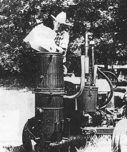 Zgazowarka FEMA zamontowana na ciągniku