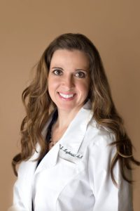 Stacy Kuykendoll is an audiologist in Port Neches TX