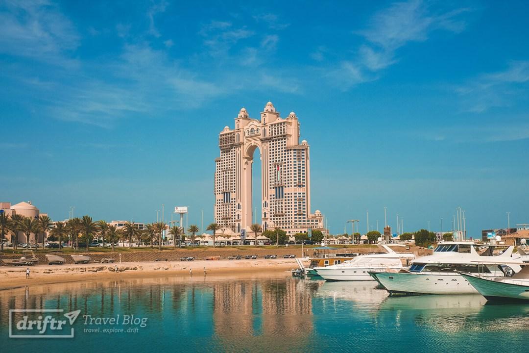 Fairmont Marina Hotel mit Hafen in Abu Dhabi