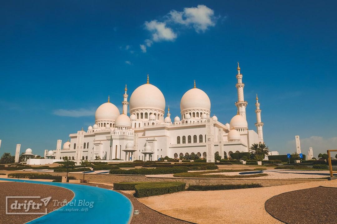 Die Scheich-Zayid-Moschee – ein beeindruckendes Bauwerk