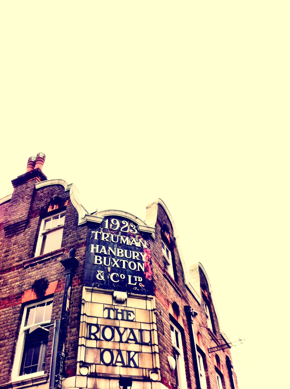 1923 truman hanbury buxton the royal oak columbia road flower market