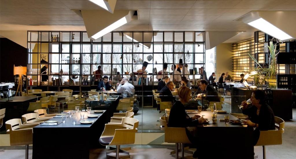 Hotel Omm Michelin Star Restaurant in 5 star luxury hotel Barcelona Spain