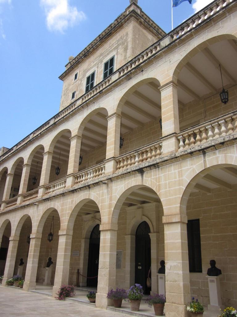 The Less-Than-Average San Anton Palace