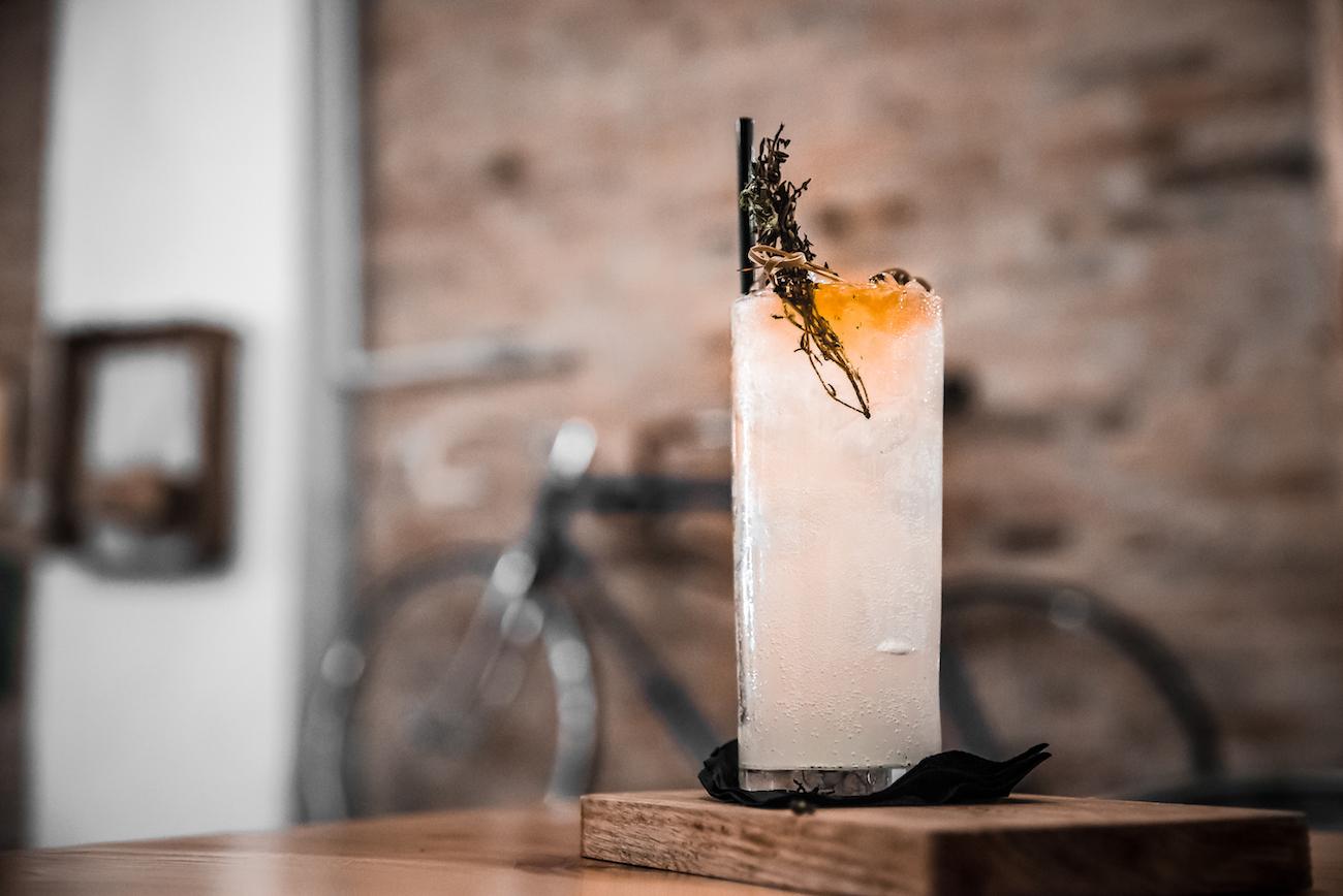 La Bombilla Cocktail Bar, Sant Antoni, Barcelona – Carrer de Manso, 13, 08015 - by Ben Holbrook