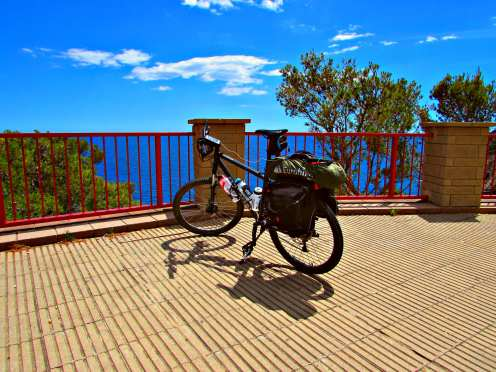 Bike touring the Costa Brava Sant Feliu de Guíxols