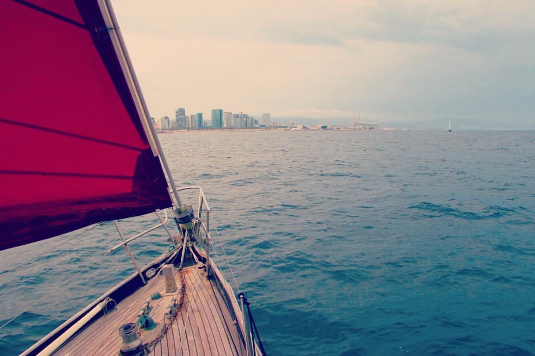 Sailing Barcelona with Classic Sail BCN