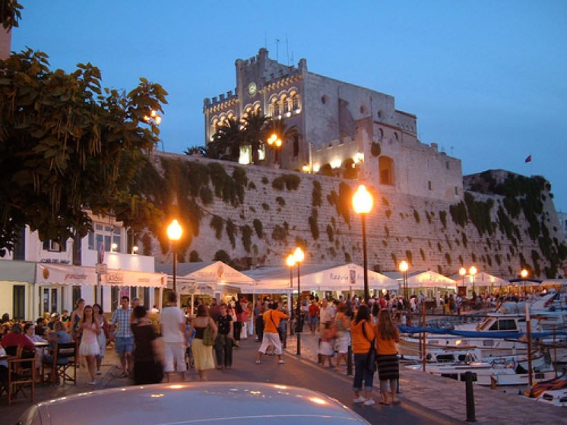 Plaça d'Es Born Menorca