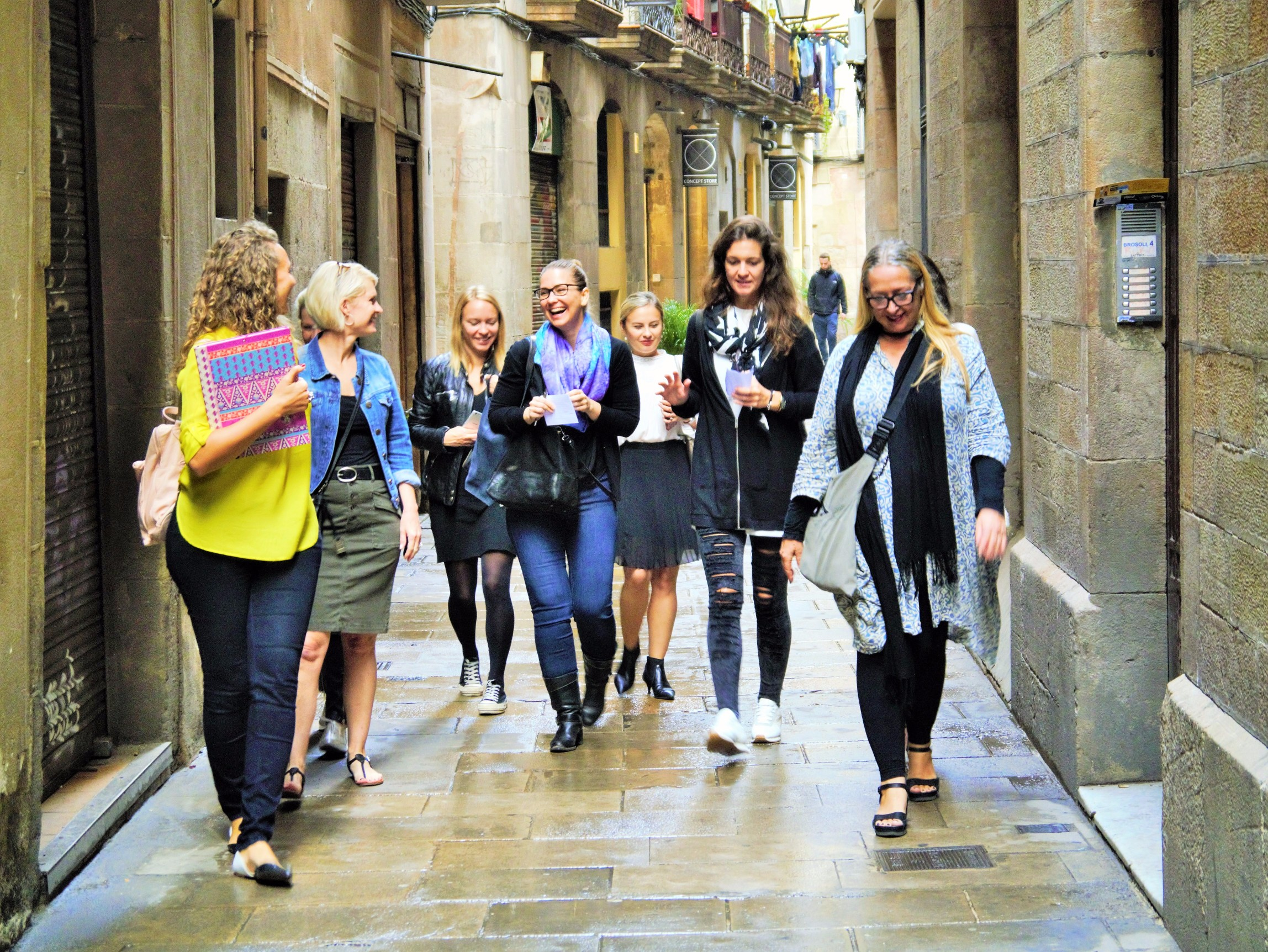 Barcelona Shopping Tours and Boutique Experiences - Wandermoda