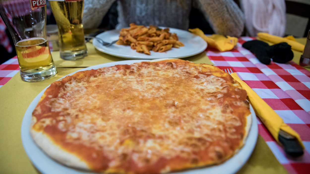 Best pizza in Rome - by Ben Holbrook.