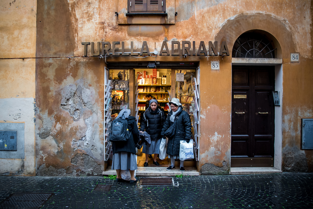Things to Do in Rome, Italy - an insider's travel guide by travel blogger Ben Holbrook