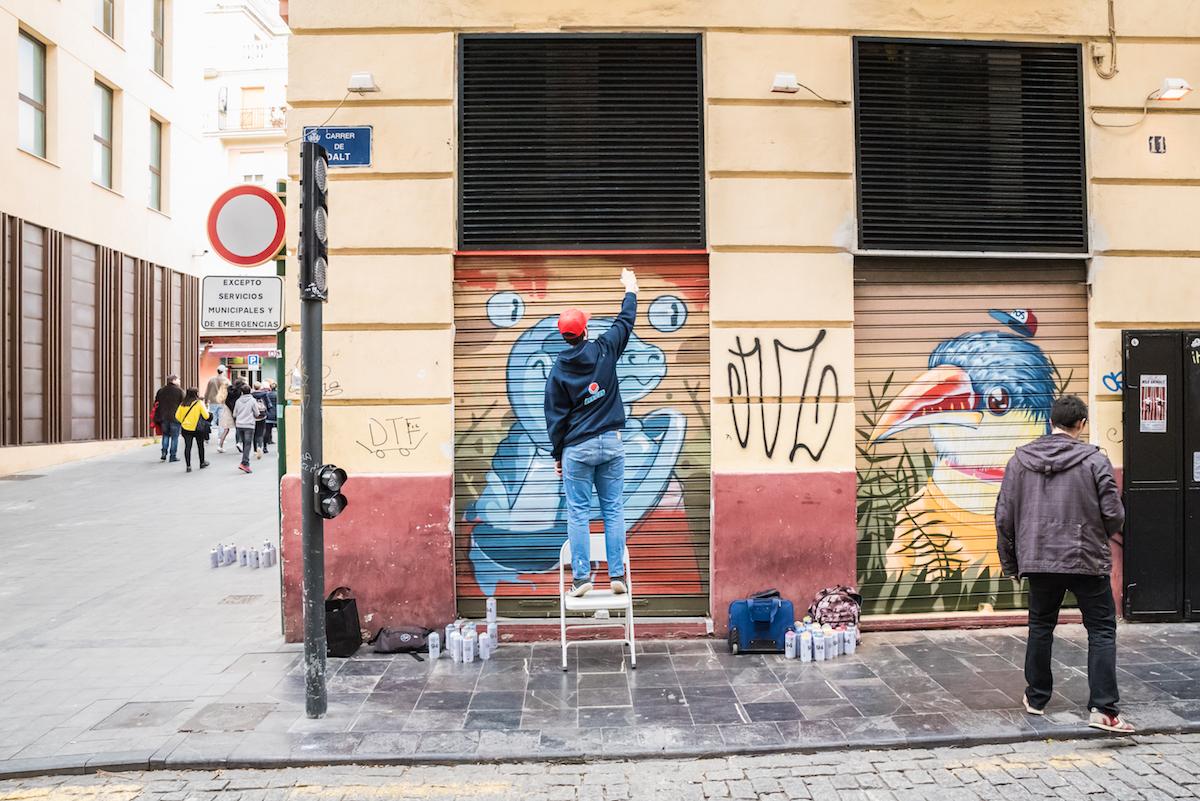 Street art in Valencia's El Carmen - by Ben Holbrook