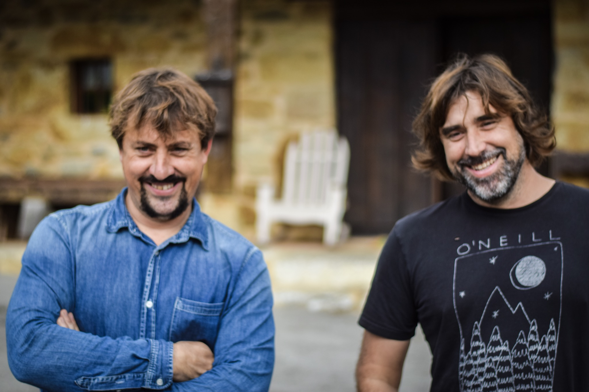 Jon and Mikel Durán –brother, wine makers and surfers.