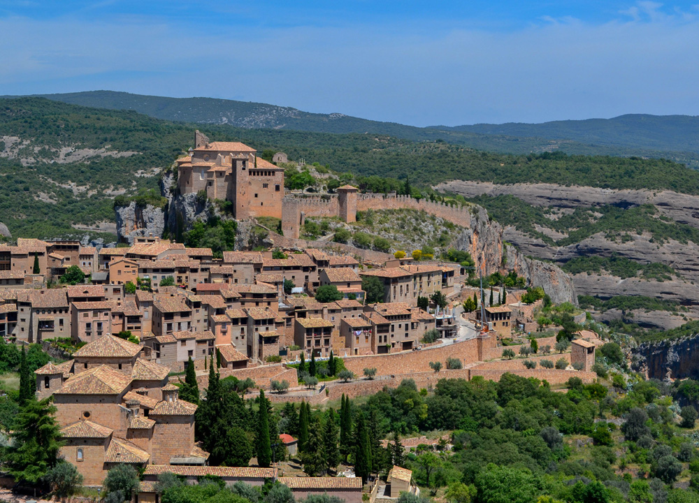 Viewpoint-Above-Alquézar-Huesca-Northern-Spain-Medieval-Village