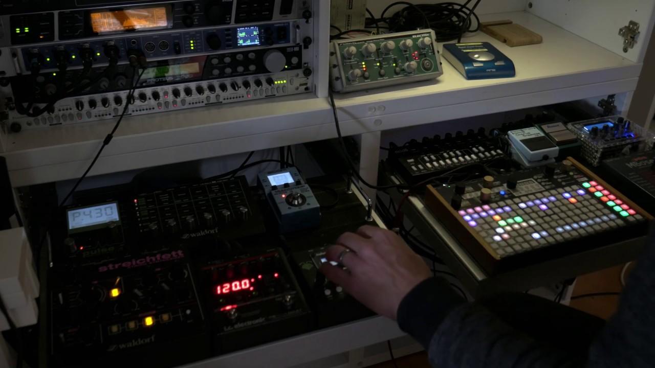 Light Driver – Deep House Hardware Jam
