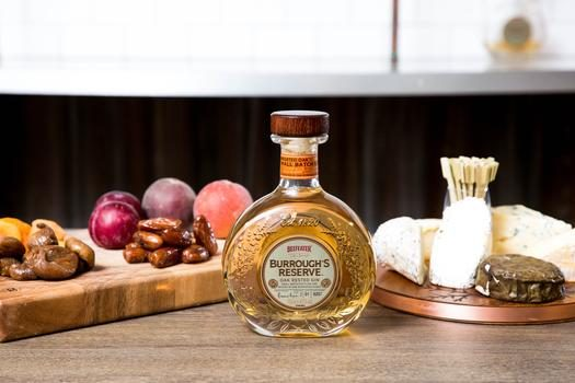 Beefeater Burrough's Reserve Edition 2 paired with 'savouries'