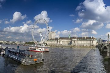 London City Guide. Cover Photo.