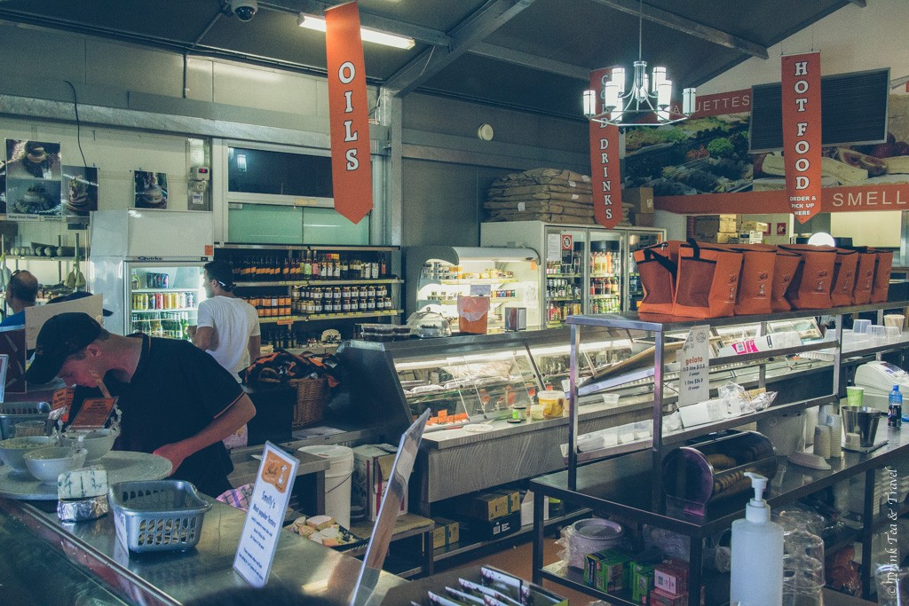 Australia travel tips: Support local businesses
