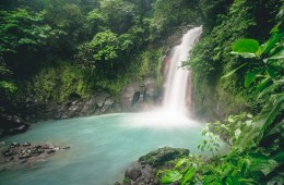 Rio Celeste Waterfall, Tenorio Volcano National Park