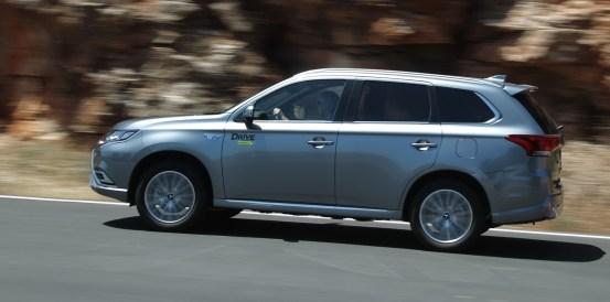 Δοκιμή κίνησης: Mitsubishi Outlander PHEV