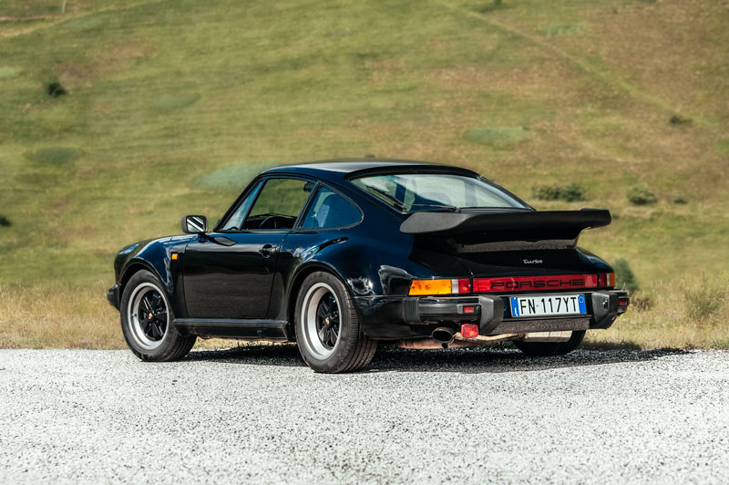 porsche 911 turbo 4 marce