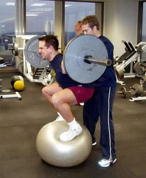 Ball Squat - Safe and Functional?