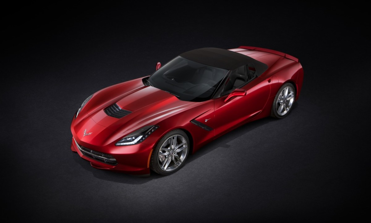Chevrolet-Corvette-Stingray-Convertible-01