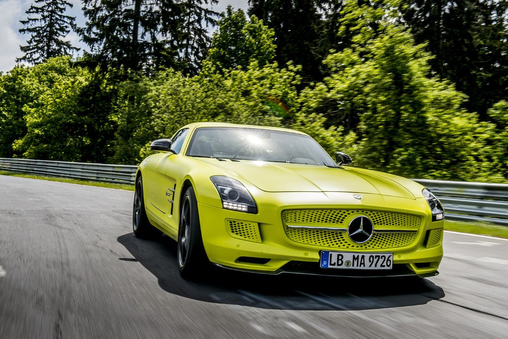 Mercedes SLS AMG Electric Drive Nordschleife record 2013 geel 03