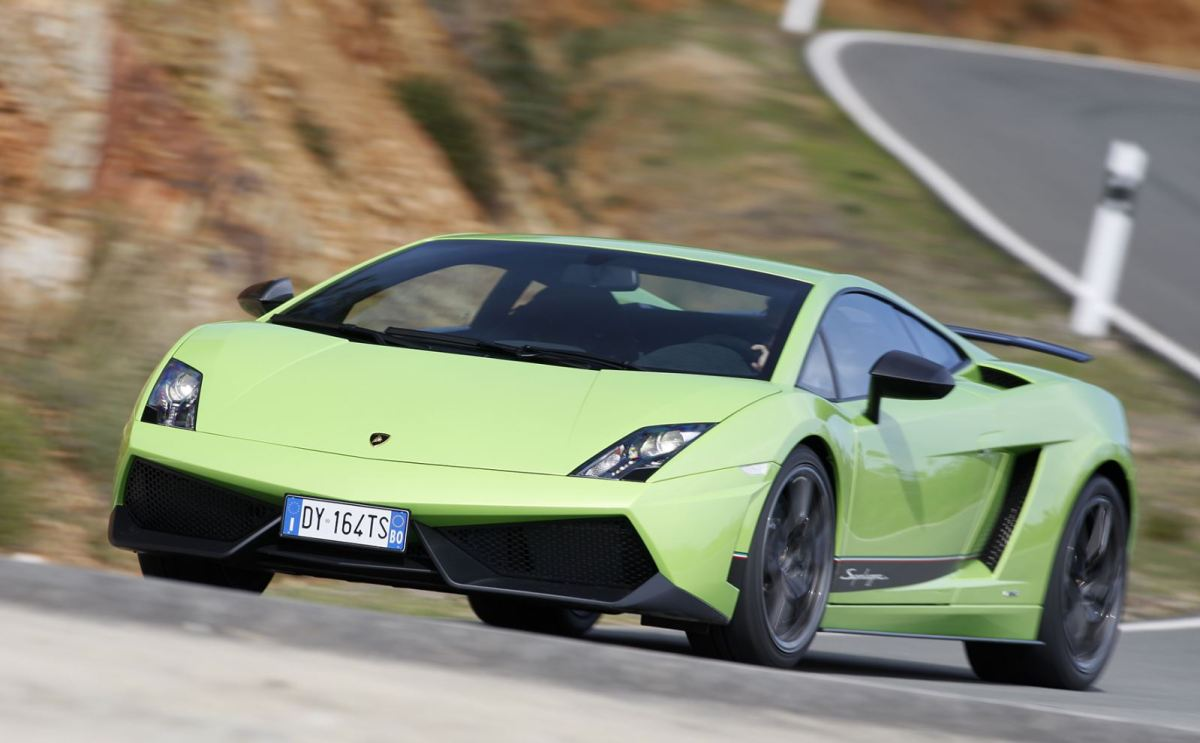 03_Lamborghini_Gallardo_LP_570-4_Superleggera