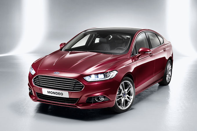 Ford Mondeo bordeaux rood 2014