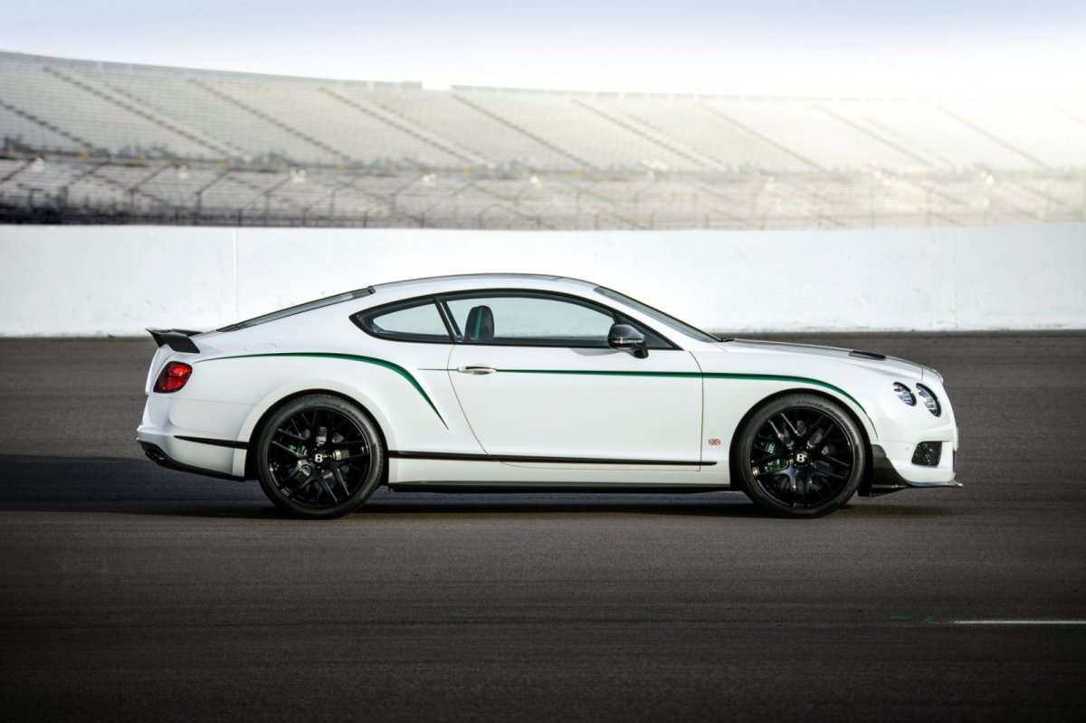 Bentley Continental GT3-R wit groen 2015 02