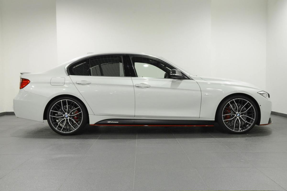 BMW 3-serie F30 335i M Performance kit Luxury Line wit 2014 13