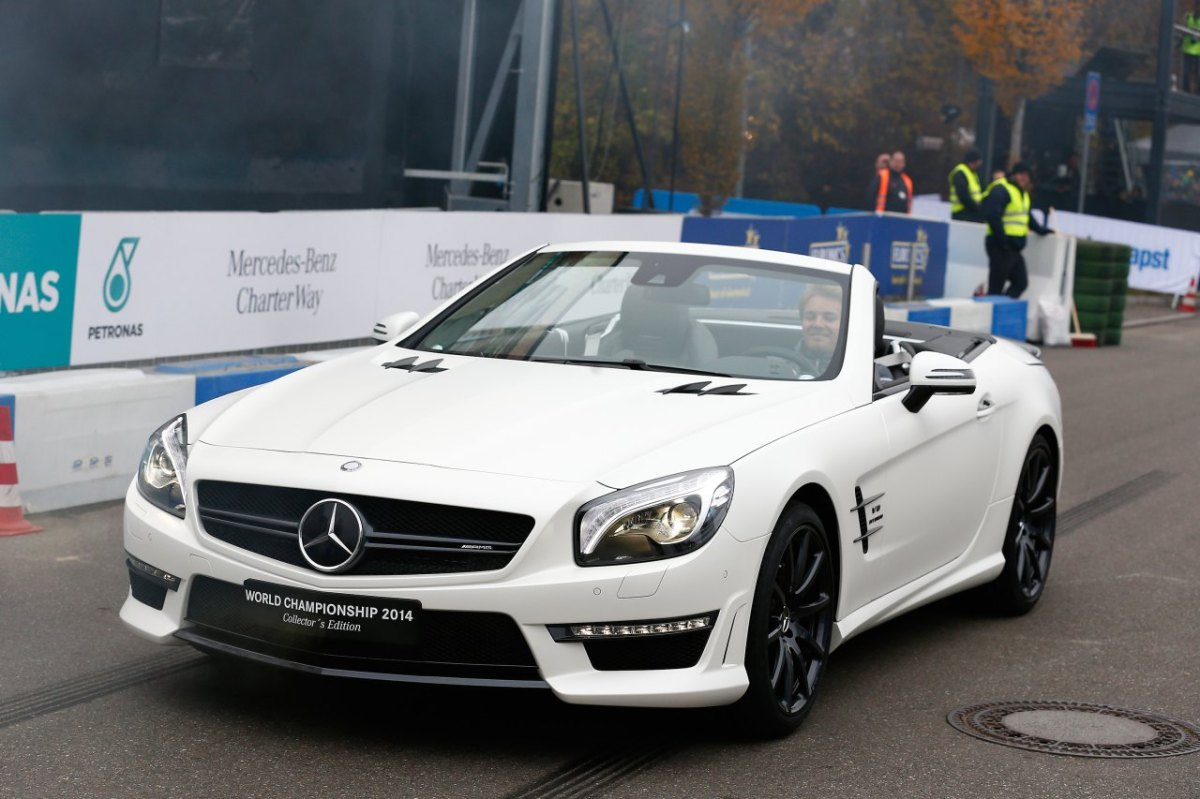 Mercedes SL63-AMG World-Championship Collectors Edition 2014 05