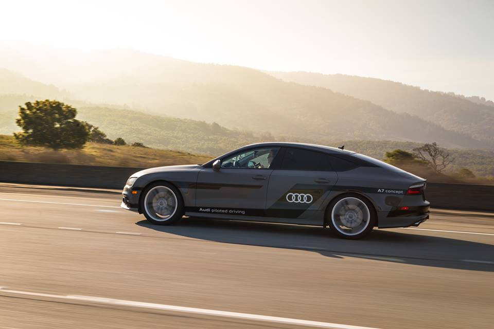 02-Audi_A7_piloted_driving_concept_car